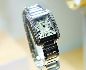 卡地亚手表表盘